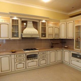 Кухонный гарнитур с патиной №24